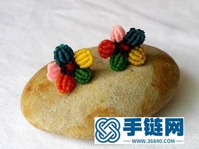 中国结耳钉的方法步骤_五色小花耳钉手工编织教程