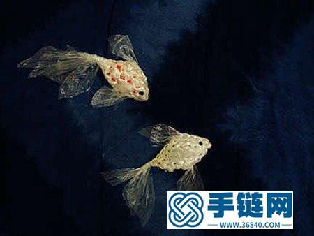 可爱的金鱼钩针编织教程 废弃塑料袋编织小鱼挂件